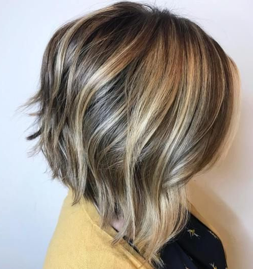 60 Beautiful And Convenient Medium Bob Hairstyles | Medium In Textured And Layered Graduated Bob Hairstyles (View 11 of 26)