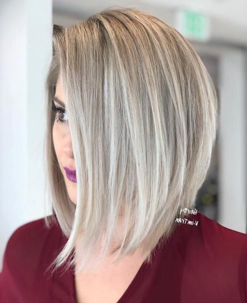 60 Layered Bob Styles: Modern Haircuts With Layers For Any Inside Sassy Angled Blonde Bob Hairstyles (View 4 of 25)