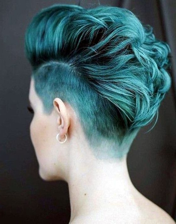 60 Modern Shaved Hairstyles And Edgy Undercuts For Women In Newest Aqua Green Undercut Hairstyles (View 24 of 25)