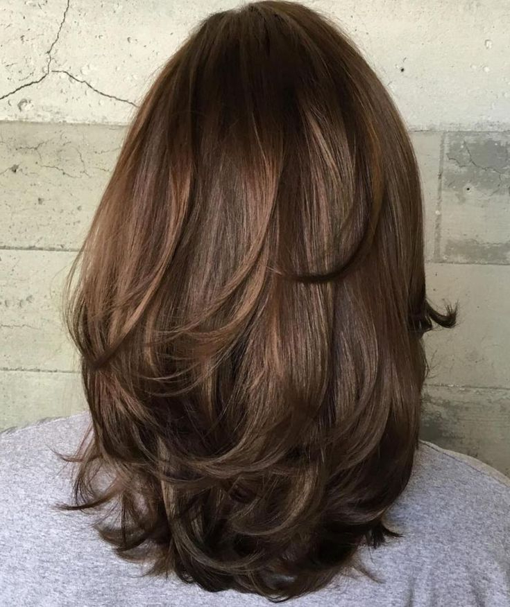80 Sensational Medium Length Haircuts For Thick Hair | Hair In Bob Hairstyles With Subtle Layers (View 20 of 25)