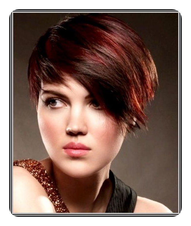 91 Passionate Red Hair With Highlights To Try This Season In Most Recent Pageboy Maroon Red Pixie Haircuts (View 14 of 25)