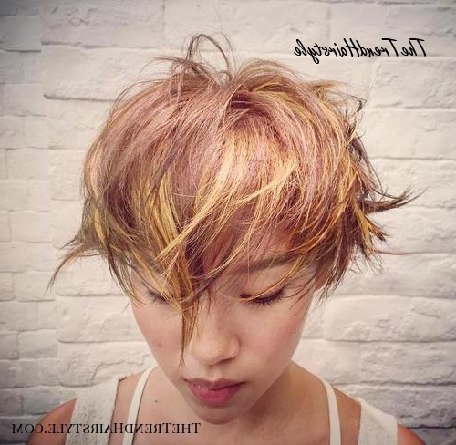 A Subtle Take On Chunky Highlights – 20 Edgy Ways To Jazz Up With Regard To Most Recently Edgy Textured Pixie Haircuts With Rose Gold Color (View 25 of 25)