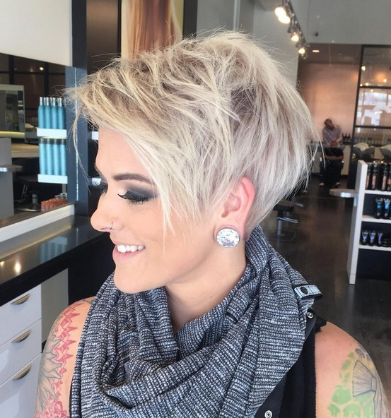 Adorable Pixie Haircut Ideas With Bangs – Popular Haircuts In Most Up To Date Short Side Swept Pixie Haircuts With Caramel Highlights (View 10 of 25)