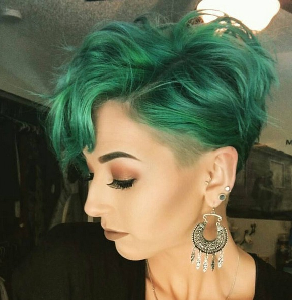 Adorable Pixie Haircut Ideas With Bangs – Popular Haircuts Inside Current Aqua Green Undercut Hairstyles (View 16 of 25)