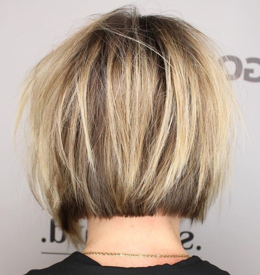 Blunt Bob With Messy Surface Layers #shorthairstyles   Short Regarding Shiny Strands Blunt Bob Hairstyles (View 4 of 25)