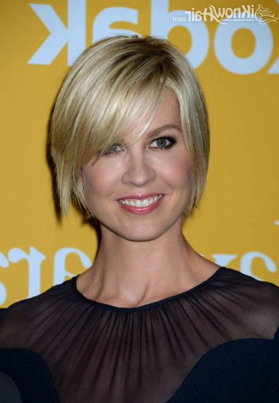 Chin Length Hairstyles | For Short Hair | Layered | Fine pertaining to Jaw Length Short Bob Hairstyles For Fine Hair
