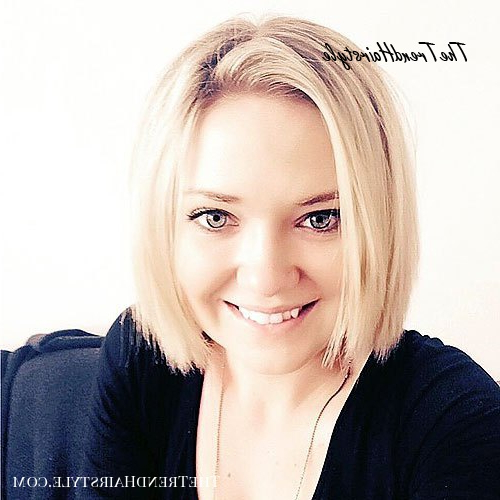 Classic Blunt Bob – 40 Stylish And Sassy Bobs For Round Throughout Bob Hairstyles For A Chubby Face (View 13 of 25)