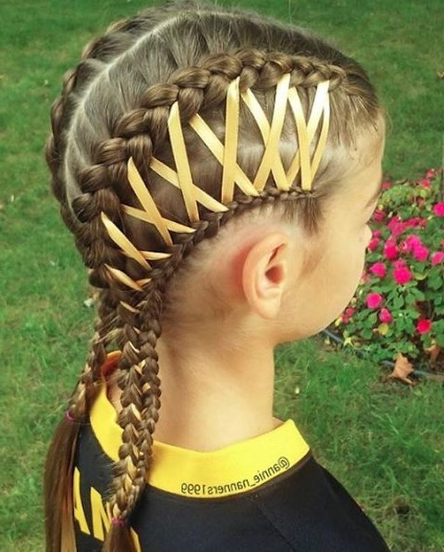 Corset Braids Are The Latest (Medieval) Hair Trend Taking pertaining to 2020 Corset Braid Hairstyles