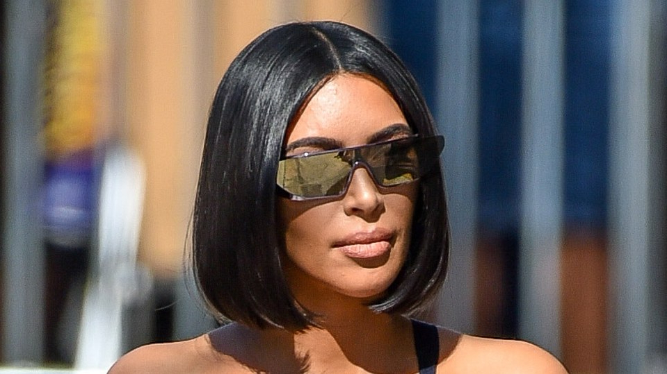 Glass Hair Is The Shiny New Trend Celebrities Are Obsessed in Shiny Strands Blunt Bob Hairstyles