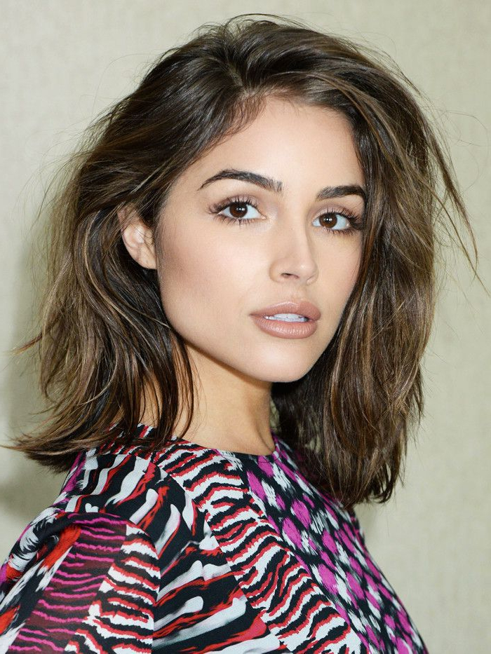 Layered Haircuts Throughout Rounded Sleek Bob Hairstyles With Minimal Layers (View 23 of 25)