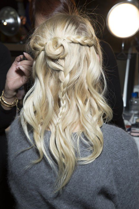 Long, Wavy Hairstyle With Braided Headband And Waves With 2020 Headband Braid Hairstyles With Long Waves (View 8 of 25)