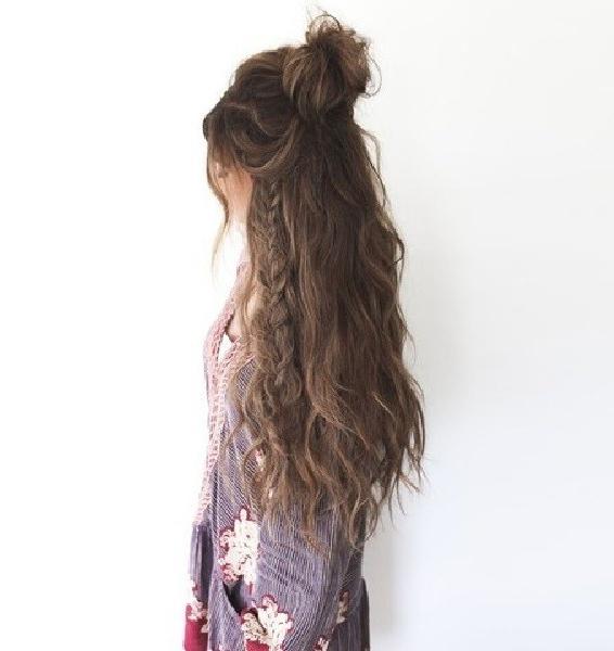 Messy Half Up Bun With Peekaboo Fishtail – 101 Pinterest Regarding Most Current Peek A Boo Braid Hairstyles (View 15 of 25)