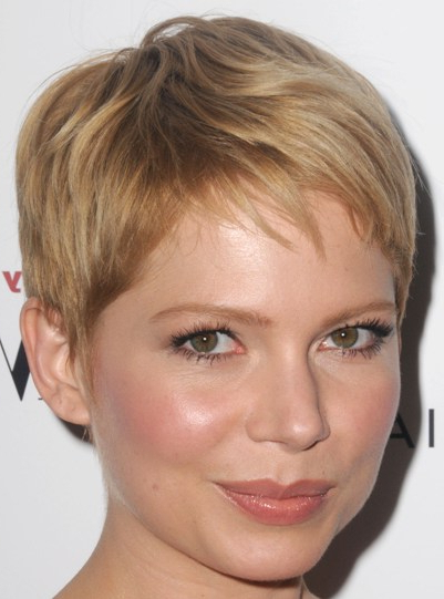 Michelle Williams Blonde Pixie Hairstyle – Casual, Summer With Regard To Most Recent Michelle Williams Pixie Haircuts (View 18 of 25)