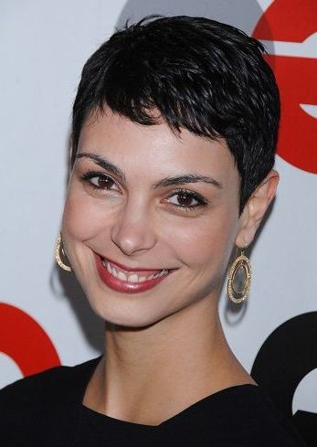 Morena Baccarin Celebrity Pixie Haircuts | Celebrity Short Inside 2018 Morena Pixie Haircuts With Bangs (View 6 of 25)