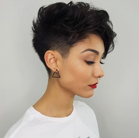 Ooooh. Someday I'll Rock This. | Haircuts With Bangs, Pixie in Most Up-to-Date Edgy & Chic Short Curls Pixie Haircuts