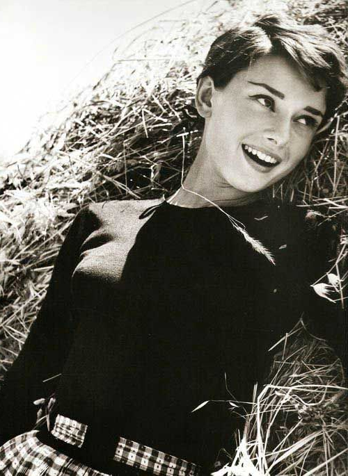 Pin On Hair pertaining to Most Popular Audrey Hepburn Inspired Pixie Haircuts