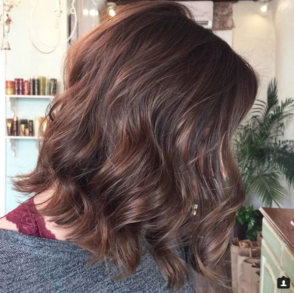 Proof That Beach Waves Were Made For Shoulder Length Hair Inside Mid Length Beach Waves Hairstyles (View 17 of 25)