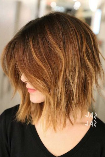 Several Ways Of Pulling Off An Inverted Bob | Lovehairstyles Intended For Razor Bob Haircuts With Highlights (View 22 of 25)