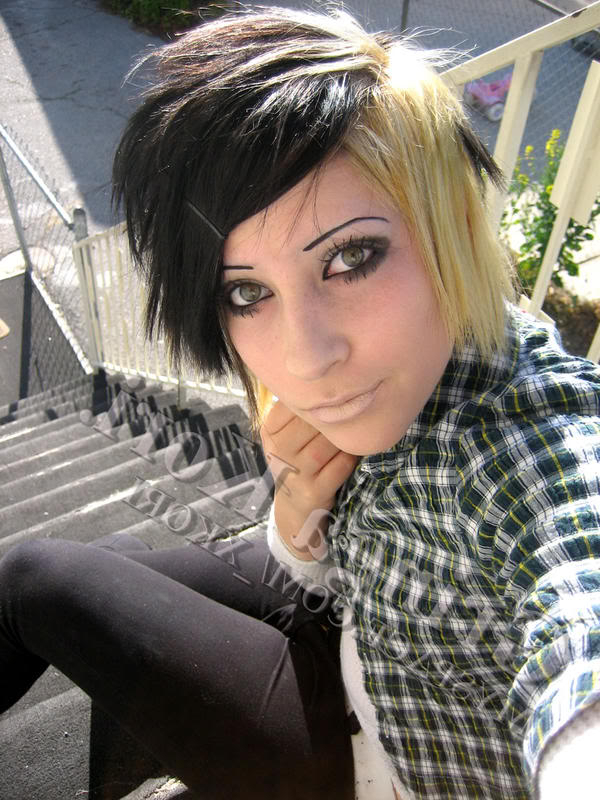 Short Hair Metal Girl ~ 2016 Hairstyles Inside Most Current Metallic Short And Choppy Pixie Haircuts (View 23 of 25)