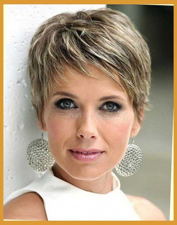 Featured Photo of Cute Round Bob Hairstyles For Women Over
