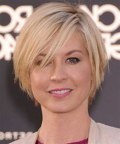 Short Layered Bob Hairstyles For Round Faces   Bob Regarding Rounded Short Bob Hairstyles (View 13 of 25)