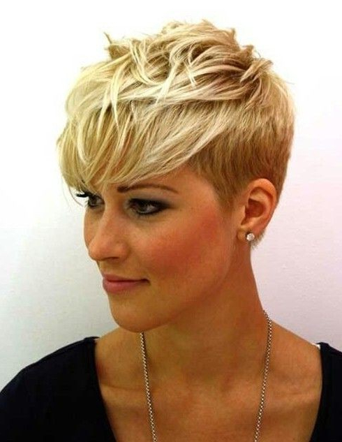 Short Layered Pixie Cut: Fine Hair – Popular Haircuts Throughout Most Current Short Layered Pixie Haircuts (View 11 of 25)