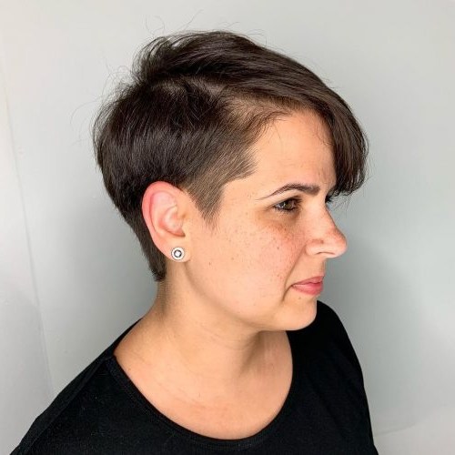 The 20 Coolest Undercut Pixie Cuts Found For 2020 In Newest Disconnected Pixie Haircuts With An Undercut (View 10 of 25)