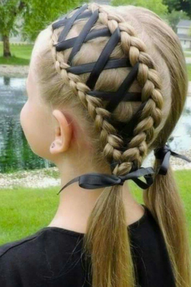 Featured Photo of Corset Braid Hairstyles