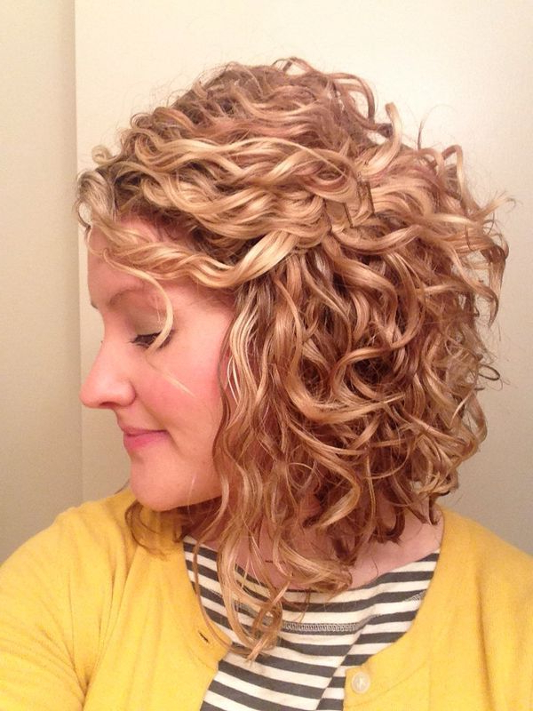 These Short Hairstyles For Naturally Curly Hair Are Perfect For Naturally Curly Bob Hairstyles (View 18 of 25)