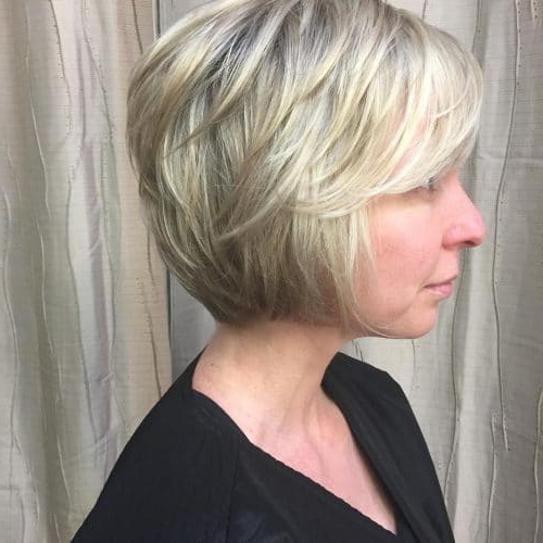 Top 17 Layered Bob Haircuts (2020 Pictures) Throughout Short Feathered Bob Crop Hairstyles (View 8 of 25)