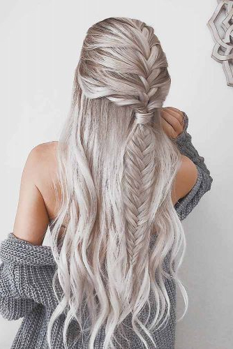 Top 18 Unique Fishtail Braid Hairstyles To Inspire You 2020 Pertaining To Latest Three Strand Long Side Braid Hairstyles (View 16 of 25)