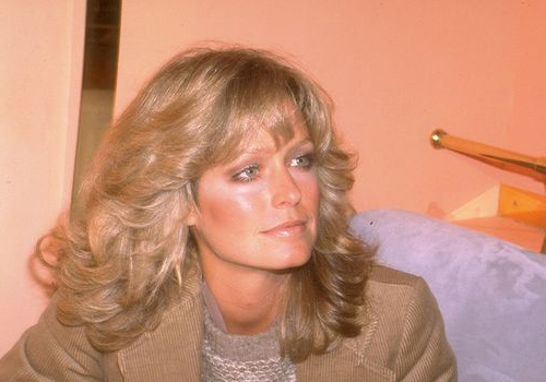 25 Ways To Style '70S Feathered Hair Throughout Most Recently Long Curtain Feathered Bangs Hairstyles (View 15 of 25)