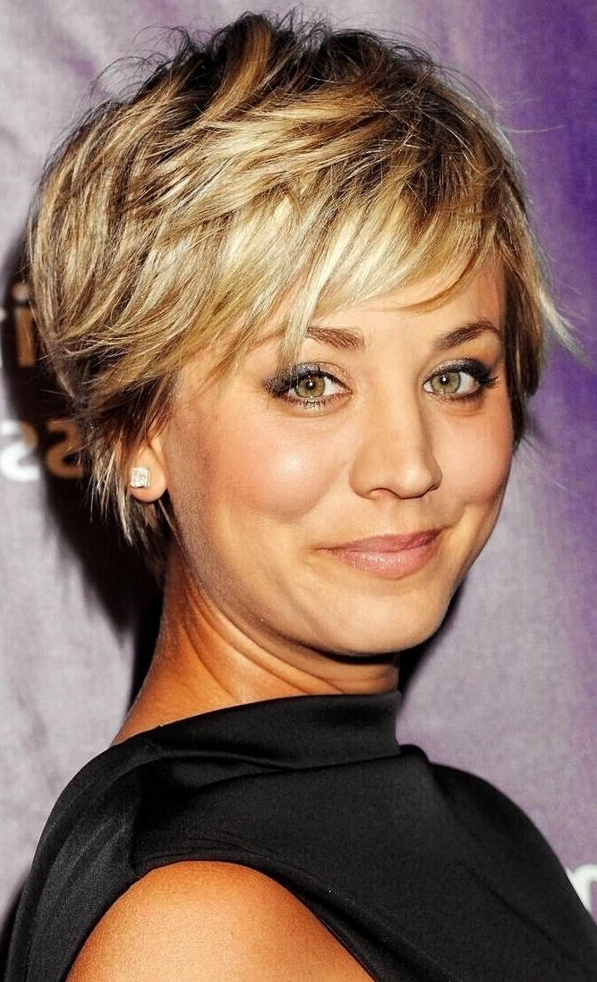 34 Latest Long Pixie Cuts You'Ll Love For Summer 2020 With 2018 Oblique Feathered Bangs And A Pixie Cut Hairstyles (View 3 of 25)