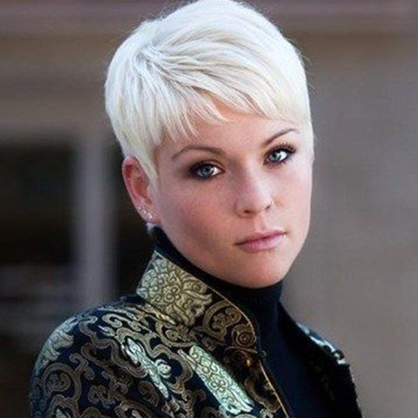 Featured Photo of Oblique Feathered Bangs And A Pixie Cut Hairstyles
