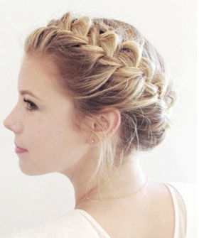 Braid Techniques, Messy Updo, Pretty Fall Hair (With With Recent Messy Twisted Braid Hairstyles (View 9 of 25)