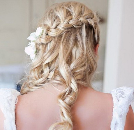 Half Up Half Down Braided Hairstyles Inside Most Current Rope Half Braid Hairstyles (View 15 of 25)