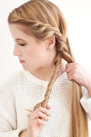 How To Diy Simple Side Braid Hairstyle Within Most Recently Pancaked Side Braid Hairstyles (View 10 of 25)