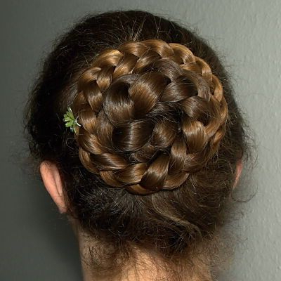 Featured Photo of Rolled Roses Braids Hairstyles