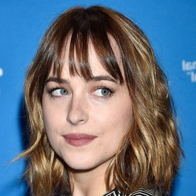 10 Hairstyles That Make You Look 10 Pounds Thinner Intended For Lob Hairstyles With A Face Framing Fringe (View 2 of 25)