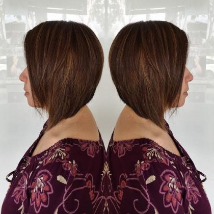 15 Graduated Bob Haircuts With Graduated Bob Hairstyles With Face Framing Layers (View 22 of 25)