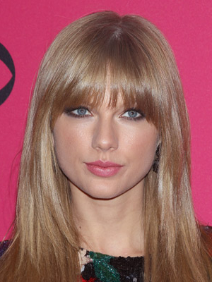 15 Layered Hairstyles To Go For This Spring – Beautyfrizz Within Full Fringe And Face Framing Layers Hairstyles (View 11 of 25)