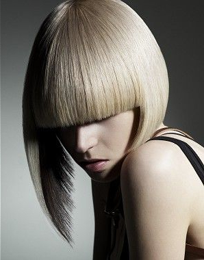 15 Super Cool Platinum Blonde Hairstyles To Try – Pretty Throughout Blunt Cut Blonde Balayage Bob Hairstyles (View 23 of 25)