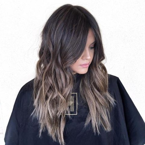 20 Perfect Ways To Get Beach Waves In Your Hair In 2020 Regarding Beachy Waves Hairstyles With Balayage Ombre (View 18 of 25)