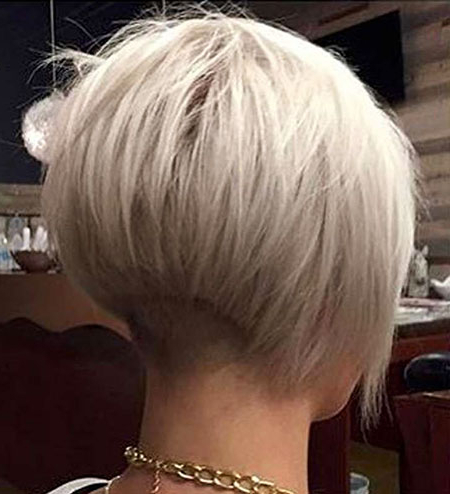20 Short Bob Haircuts For Women Intended For Balayage For Short Stacked Bob Hairstyles (View 22 of 25)