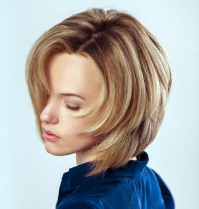 20 Stunning Looks With Graduated Bob – Hairstylecamp Within Graduated Bob Hairstyles With Face Framing Layers (View 23 of 25)