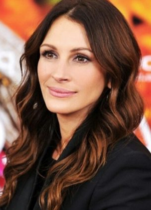 20 Trendy Solutions For Light Brown Hair With Highlights Within Chestnut Short Hairstyles With Subtle Highlights (View 25 of 25)