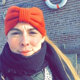 30 Ideeën Over Halflang Haar Met Pony | Halflang Haar Met In Fiery Red 70S' Inspired Face Framing Layers Hairstyles (View 7 of 19)