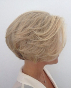 35 Best Glamorous '70S Feathered Hair Style Looks With Blonde Longer Face Framing Layers Hairstyles (View 24 of 25)