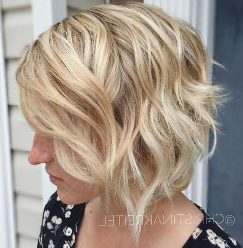 60 Short Shag Hairstyles That You Simply Can'T Miss With Regard To Shaggy Bob Hairstyles With Face Framing Highlights (View 8 of 25)