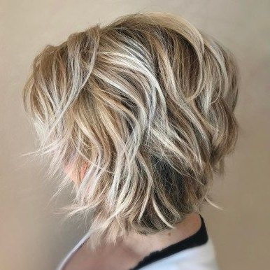 70 Cute And Easy To Style Short Layered Hairstyles In 2020 With Regard To Bronde Balayage For Short Layered Haircuts (View 2 of 25)